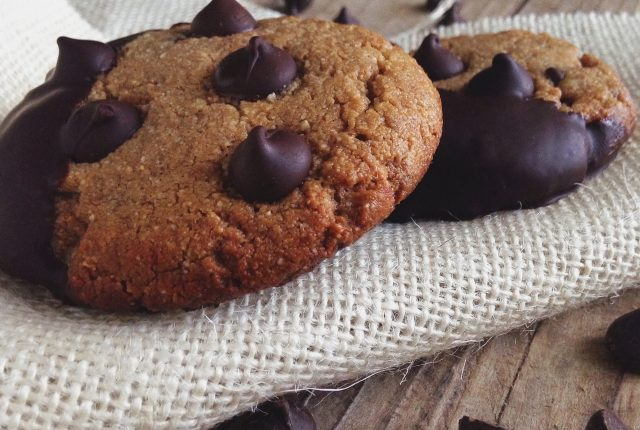 Chocolate Chip Dipped Cookies